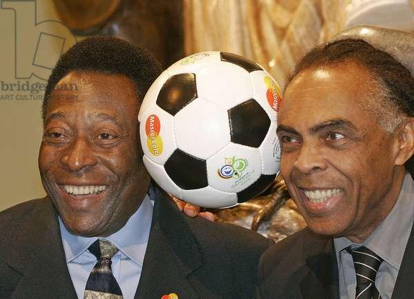 Pele and Giberto Gil