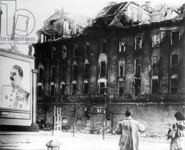 Second World War - destroyed Hotel Adlon