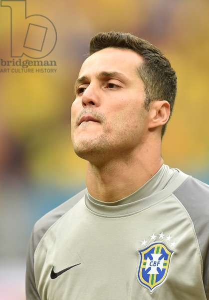 Brazil's Julio Cesar before the FIFA World Cup 2014 group A preliminary round match between Cameroon and Brazil at the Estadio Nacional in Brasilia, Brazil, 23 June 2014 (photo)