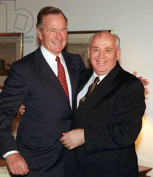 George Herbert Bush and Gorbatchev