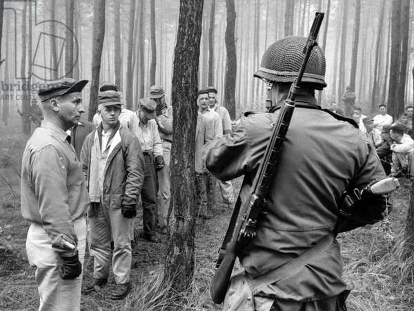 US soldiers dressed as civilians druing a manoeuvre in Grunewald in Berlin