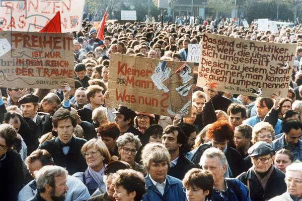 Demonstration in Berlin 1990