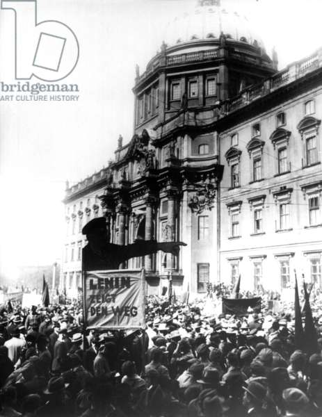 Weimar Republic - May Day Celebrations 1927