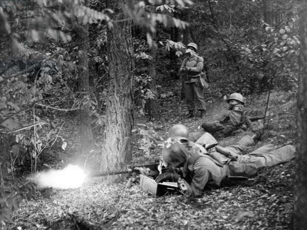 Manoeuvre of US army in Berlin Grunewald