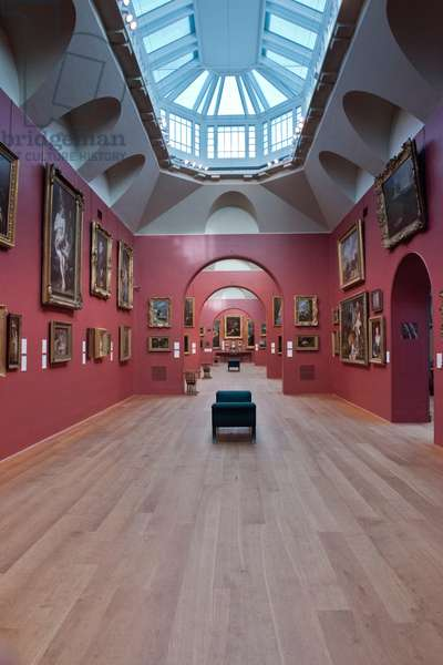 Interior view of Dulwich Picture Gallery (photo)