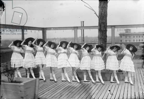 Denver - girls' dance group, c.1920-40 (b/w photo)
