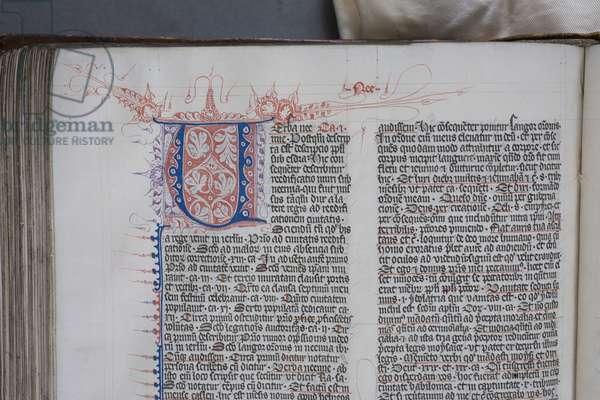 Decorated initial letter, from 'Postilla litteralis in libros historiales Testamenti veteris' by Nicholas of Lyra, c.1386 (vellum)