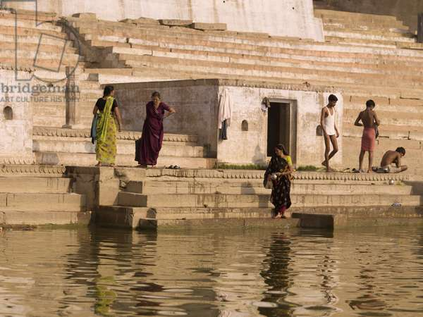 People bathing by the Ganges, the River Ganges, Varanasi, India (photo)