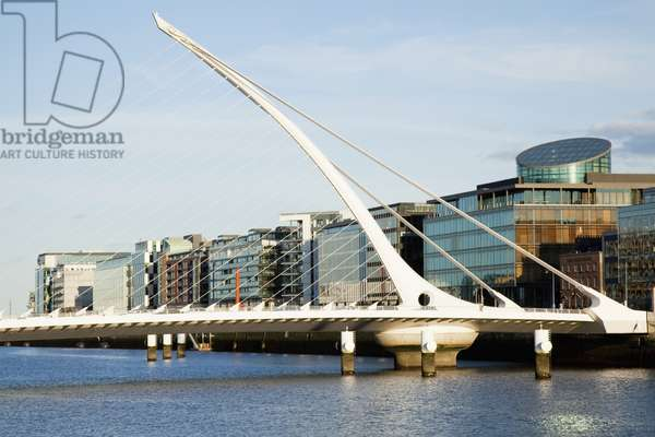 Samuel Beckett Bridge; Dublin City, County Dublin, Ireland (photo)