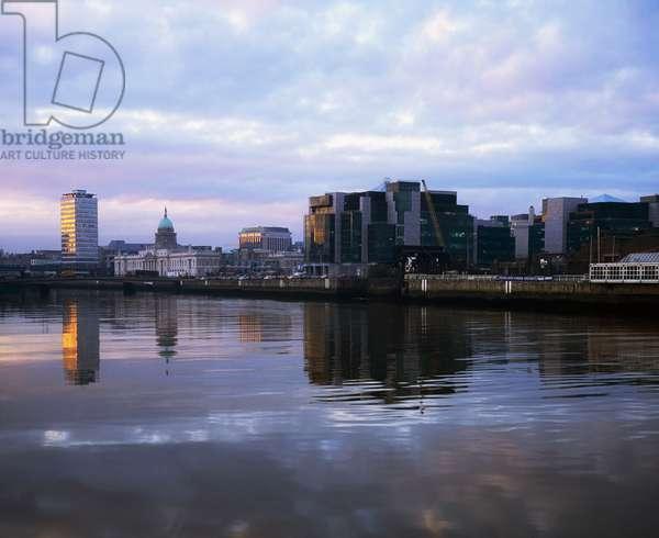 Dublin, Financial Services Centre, Custom House Docks (photo)