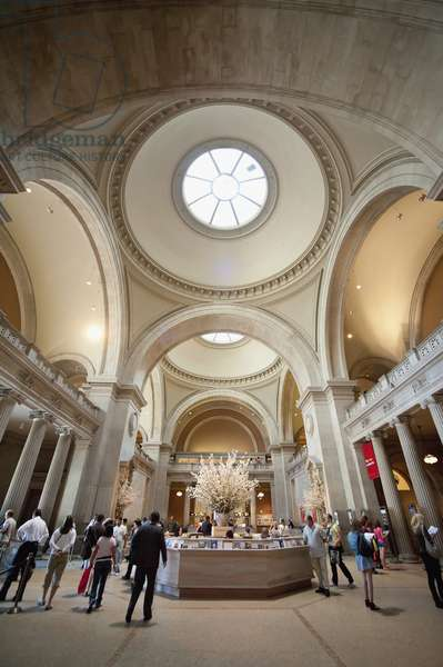 Inside The Metropolitan Museum, Museum Mile, Manhattan, New York, USA (photo)