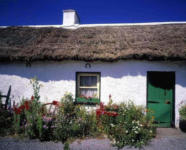 Thatched Cottage, Kilmore, Co Roscommon, Ireland (photo)