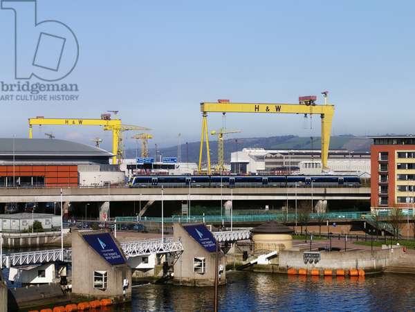 Lagan Weir, Odyssey Arena, M3, Laganside, Harland & Wolff (photo)