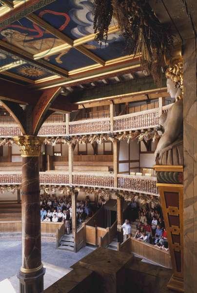 Shakespeare's Globe, London, England, UK (photo)