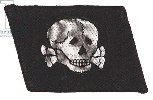 Nazi Germany ,Waffen SS NCO Deaths head collar patch