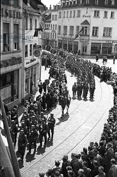 Nazi Germany, German Army on parade in the Saar,1940-41