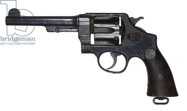 World War I , Smith and Wesson Revolver