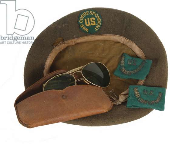 Ernie Pyle's Correspondent's Beret, with sunglasses and shoulder strap slip ons