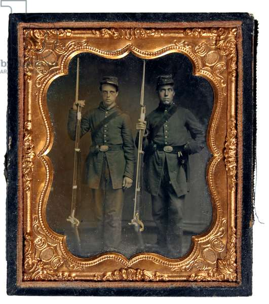 Two soldiers of the 1st Delaware Volunteers, Union army