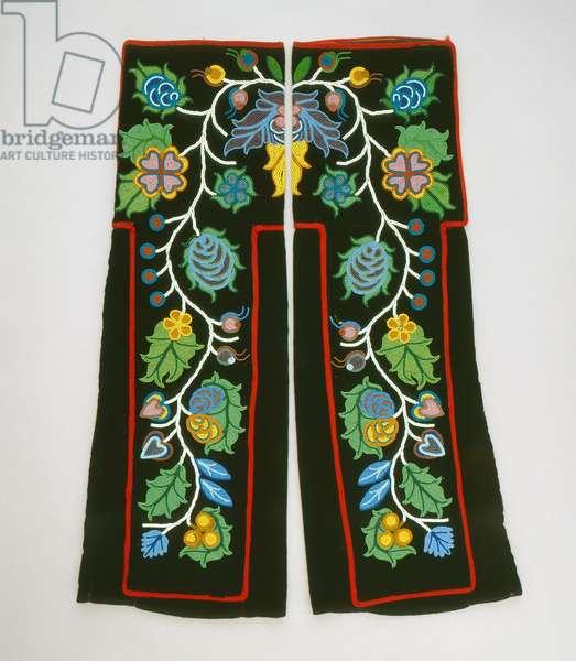 Leggings, Chippewa (cotton with glass beads & wool twill)
