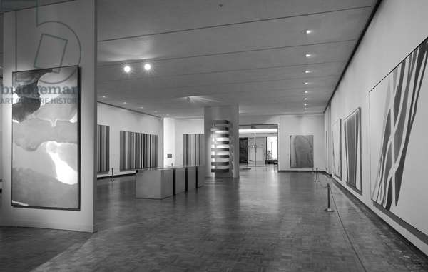 The Exhibition 'Form-Colour-Image', at the Detroit Institute of Arts, 1967 (b/w photo)