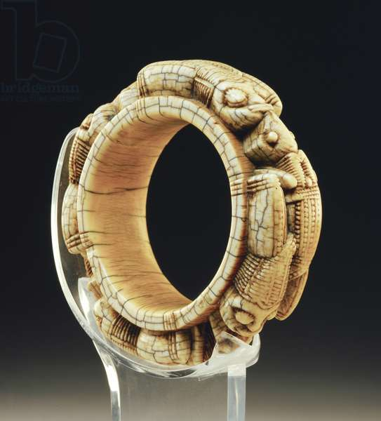 Armlet, 16th/18th century (ivory)