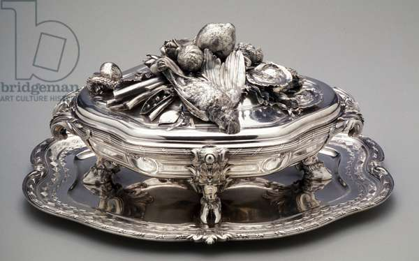 Tureen with Lid and Stand, 1729-30 (silver)