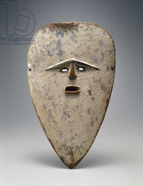 Vuvi Mask (wood, paint & kaolin)