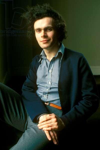 Sir Simon Rattle, 1978 (photo)