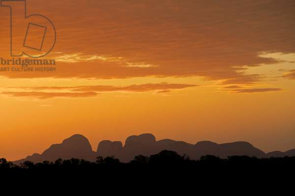 Kata Tjuta at sunset, Northern Territory, Australia (photo)