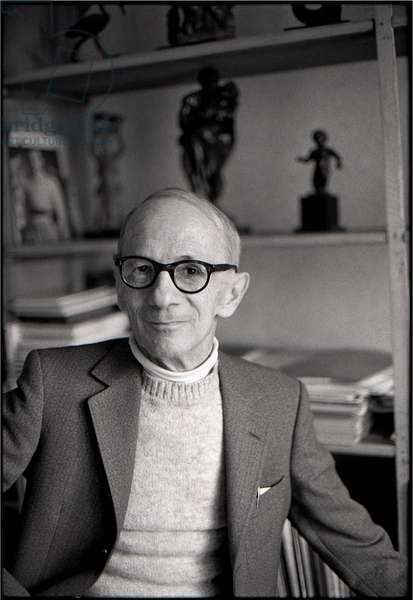 Emile Chambon in his studio in Geneva, rue Hugo-de-Senger 1, October 1979 (b/w photo)