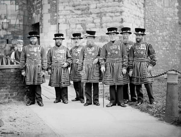 A group of Yeomen Warders at the Tower of London, 1870-1900 (b/w photo)