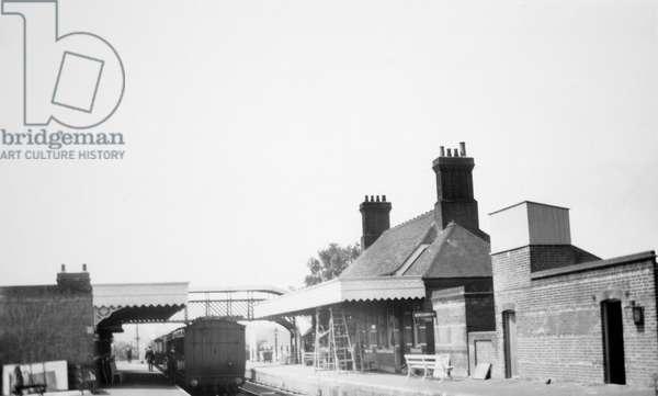 Chappel & Wakes Colne Station, c.1950 (b/w photo)