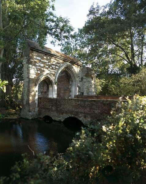 Waltham Abbey Gatehouse (photo)
