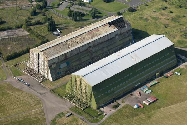 Airship hangars, RAF Cardington, Bedfordshire, UK (photo)