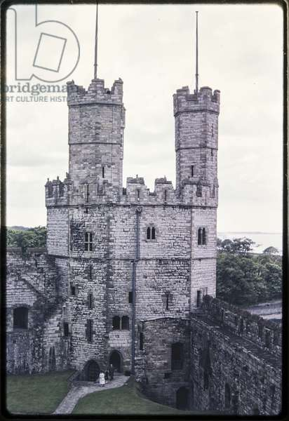 Eagle Tower in Caernarfon Castle, viewed from the top of Well Tower (photo)