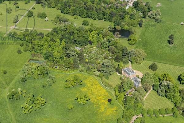 Croxton Manor and the walled garden (now an ornamental flower garden), Cambridgeshire, 2018 (photo)