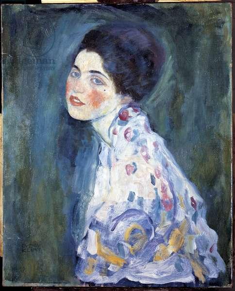 Portrait of woman, 1916 (oil on canvas)
