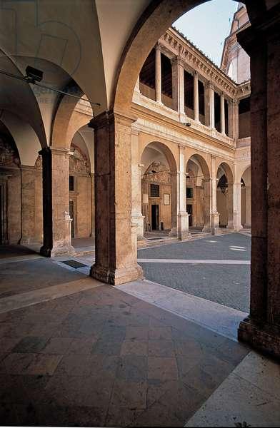 Rome, Santa Maria della Pace Church, the cloister, 1500 - 1504