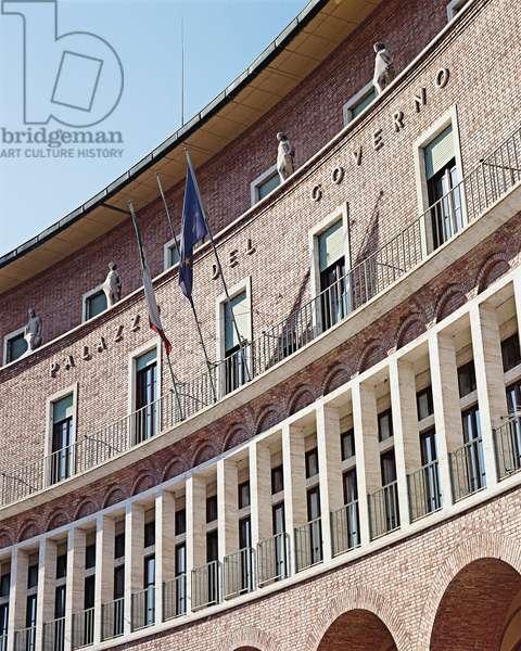 Prefecture Palace in Arezzo (Palazzo della Prefettura di Arezzo), by Giovanni Michelucci, 1937 - 1939, 20th Century, bricks and travertine