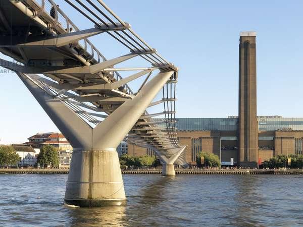 Millennium Bridge e Tate Modern, 1998 - 2000