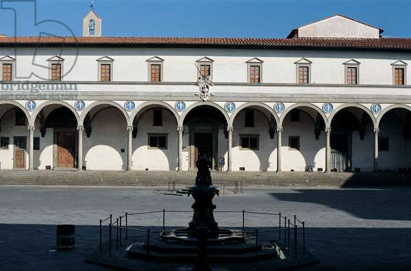 Piazza della Santissima Annunziata, 1419 - 1444