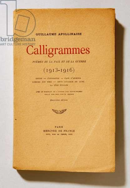 """Cover of """"Calligrammes, poemes de la paix et de la guerre"""" by the French poet Guillaume Apollinaire, 1918"""