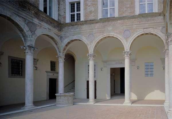 Palazzo Passionei Paciotti,