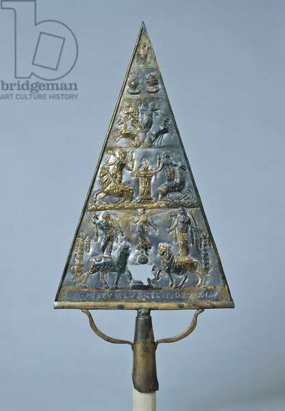 Roman banner depicting the eagle, the sun god, the goddess of the moon, Jupiter, Juno, queen, Victory etc., 200-250, 3rd Century, triangular bronze panel embossed in relief, 54 cm
