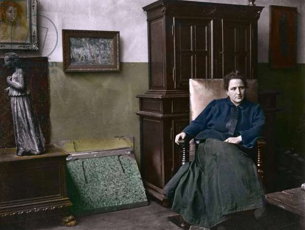 Portrait of Gertrude Stein (1874-1946) American poet, writer, and feminist, art collector who contributed to the spread of movements such as Cubism and artists such as Picasso, Cezanne, or Matisse - Photography around 1910 - Portrait of Gertrude Stein (1874-1946) poetess, writer, and American feminist, art collector who contributed to the spread of movements such as Cubism and artists such as Picasso, Cezanne, and Matisse - Private collection