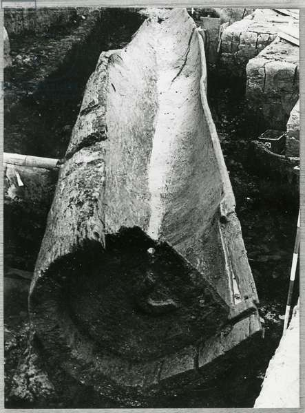 The Hasholme log boat, detail, found on Spalding Moor, East Yorkshire, c.500 BC (oak) (b/w photo)
