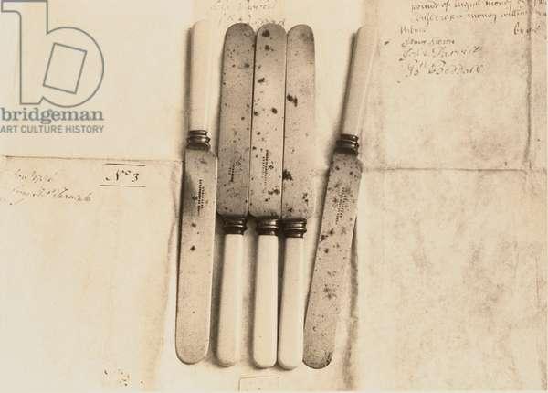 Knives on Manuscript