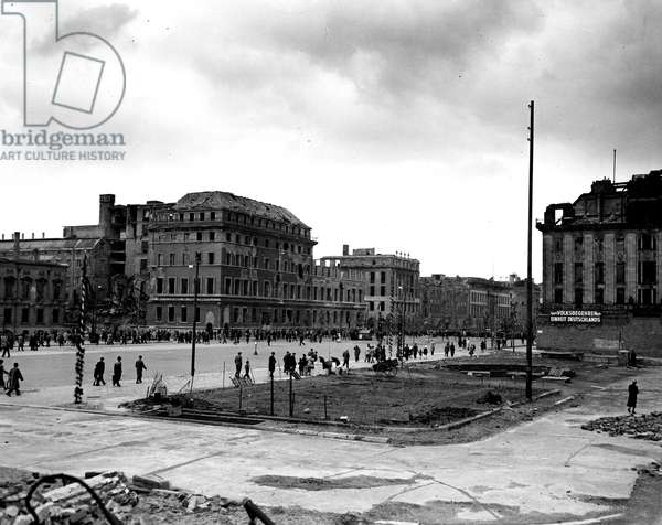 Blockade of Berlin by english - Blockade of Berlin (1948-1949): Berlin (Germany) 1 May 1948. Labour Day, view of Unter Den Linden in Sovietic sector