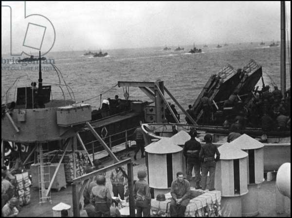Debarking in Normandy on June 6, 1944 (D Day or D Day): On June 8, 1944, US Army assault troops were transported to Normandy beaches in boats similar to those used by the troops who participated in Operation Overlord.